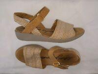 "Easy Spirit ""Kala"" Women's Open Toe Sandals Sandals, Beige/Cork Size 6.5 W"