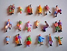 A11 / 50 schöne Figuren mit Paaren Spur N
