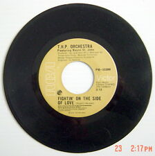 1976'S 45 R.P.M. RECORD, T.H.P. ORCHESTRA, FIGHTIN' ON THE SIDE OF LOVE