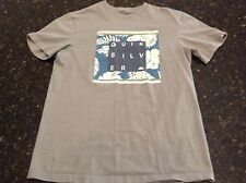 Quiksilver Modern Fit Short Sleeve Graphic Tee Shirt gray M Hawaiian flowers
