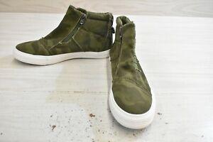 Blowfish Malibu Koala Comfort Sneaker, Women's Size 10, Cypress Camo MSRP $44.95