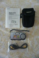 Sony Digital Still Camera Cybershot DSC-P30 with carry bag + memory stick
