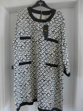 Round Neck 3/4 Sleeve Geometric Plus Size Dresses for Women