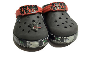 Crocs  1y sandals STAR WARS DARTH VADER CLOGS SHOES 1 Youth