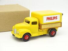 Dinky Toys GB 1/43 - Commer Bâché Philips