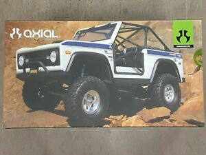 Axial SCX10 III Early Ford Bronco RTR 1/10 4WD Rock Crawler White AXI03014T2 New