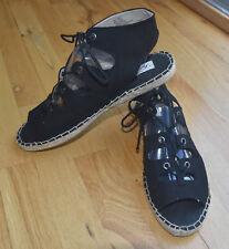 NEW - Black gladiator lace-up textile sandals (10M)