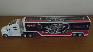 Holden Racing Team Shark Bite Mobil racing custom V8 supercars transporter truck
