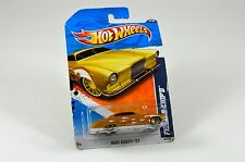 Hot Wheels FishD And ChipD Gold Number 4 Heat Fleet '11 T9801 Factory Sealed