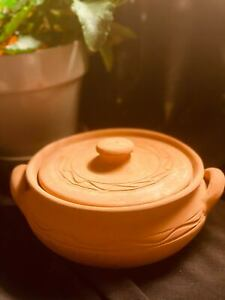 """Clay Cooking Pot with Lid - 8"""" (20 cm)"""