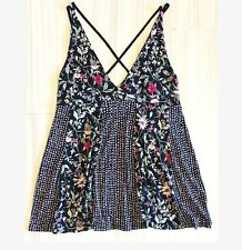 Urban Outfitters Kimchi Blue Black Floral Tank Top Size Medium