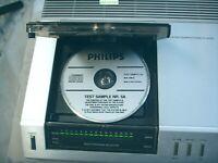 Philips CD 100 mit Demo Mappe