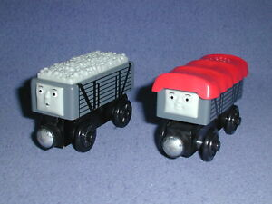 GIGGLING TROUBLESOME TRUCKS Talking version Y4421 Thomas Wooden Railway lot