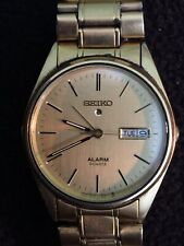 vintage seiko,Dual Crown Alarm,5C23-8009,w/inicator,day/date Window Gold Tone