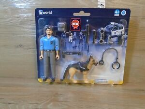 Bruder Policeman with Dog K-9 and Accessories 62150 - Figure - bworld NEW