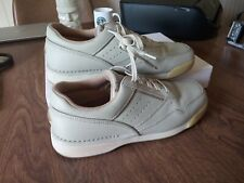 Rockport Walking Shoes Mens Size 8.5 Wide Model M7102 Comfortable 9 on 10 scale.