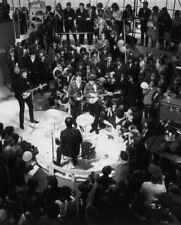 The Beatles UNSIGNED photograph - L1540 - Paul McCartney and John Lennon