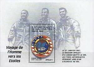MADAGASCAR 2000 USA in SPACE =  APOLLO 1 PATCH S/S MNH