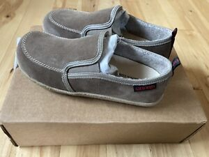 Giesswein Slippers Moccasins Wool Tan Gray Women's Size 38 / 7.5 Brand New!