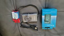 Canon PowerShot ELPH 130 IS 16.0MP Digital Camera Gray with Battery Charger