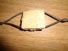 (700B) Antique Barb Wire~SCUTT WOOD BLOCK & ARROW PLATE~Farm tool