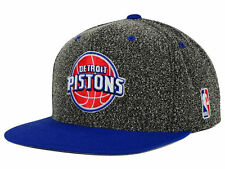 "RETRO Mitchell & Ness NBA Detroit Pistons ""Static"" Snapback Cap , Adjustable Hat"