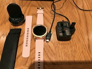 Samsung Galaxy 42mm Case R810 Bluetooth Smartwatch Rose Gold USED A1 CONDITION