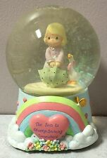 NIB Vintage PRECIOUS MOMENTS MUSICAL WATERBALL Water Globe 1999 April Showers