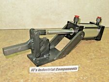 Pneumatic Hold Down Clamp   Heavy Duty  1600 Pounds Clamping Force