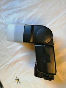 Canon Speedlite 550EX Shoe Mount Flash in good working order.