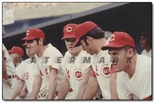 PETE ROSE / JOHNNY BENCH IN THE DUGOUT PRINT  (comes in 3 sizes)