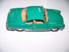 Volkswagen 1966 Karmann-Ghia  ROADLEGENDS 1/18