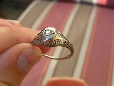 FINE ANTIQUE 18K GOLD BOMBE FILIGREE ETCHED SPARKLY DIAMOND COCKTAIL DINNER RING