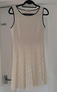 Oasis Size S Ivory Cream Navy Blue Flower Embroidered Mesh A Line Mini Dress