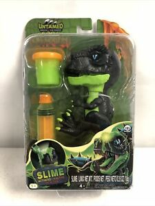 Untamed Lavasaurs Slime ROCKY Fingerlings  Green Dinosaur New In Worn Packaging