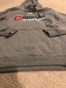 NWOT Under Armour Cleveland Indians Baseball Hooded Sweatshirt Size Medium Gray