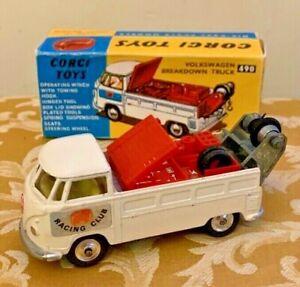 Corgi Toys No. 490 Volkswagen Breakdown Truck in Near-Mint Condition with Box!