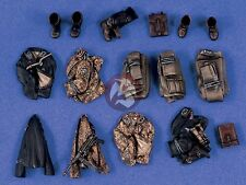 Verlinden 1/35 Assorted German Soldier's Clothing and Equipment Set WWII 1396
