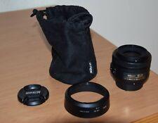 Nikon 35 mm F/1.8 SWM AF-S DX M/A G Objektiv in Bestzustand mit Zubehör