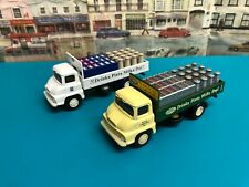 Vanguards Thames Trader milk trucks 1:64  scale die cast models