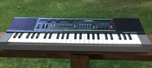 Vintage Casio Casiotone MT-210 Electronic Musical Instrument Keyboard Tested