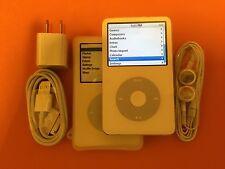 Apple iPod Classic 5th Generation White (30GB) + Accessories