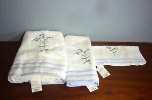 Bright Lavender Forget me not Sprigs Penney NOS # Towel set Bath Hand Wash