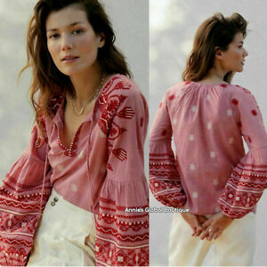 NWT ANTHROPOLOGIE Layla Embroidered Peasant Blouse. Tasseled Ties. Size 2