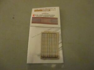 Z SCALE GCLASER GRADE CROSSING 2 PACK FITS MTL STRAIGHT TRACK MINT ON CARD