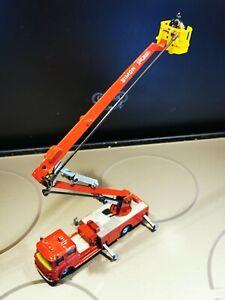 Corgi Major Toys Simon Snorkel Bedford Fire Engine