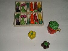LOT 15 PIECES - FORME de FRUITS LEGUMES - PORTES COUTEAUX - SEL POIVRE MOUTARDE