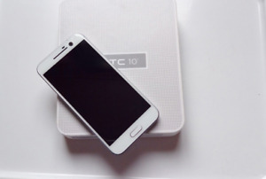 HTC M10 - 32GB - Glacier Silver (Unlocked) Smartphone