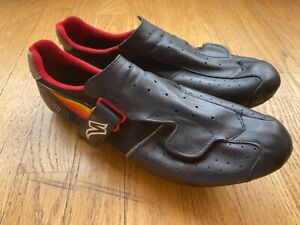 Vintage Specialized Cycling Shoe With NOS Specialized Slotted Cleats, Size 44