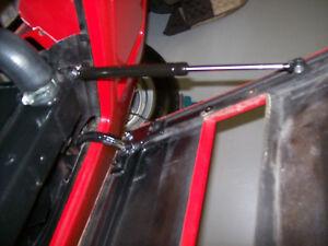 Ferrari 308Gts,328Gts Front Hood Bonnet  / Shock / part.